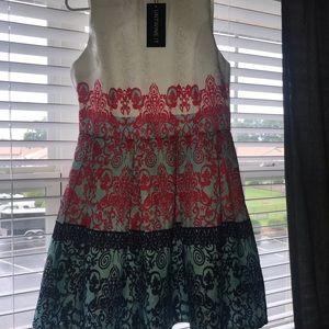 Beautiful formal style dress.